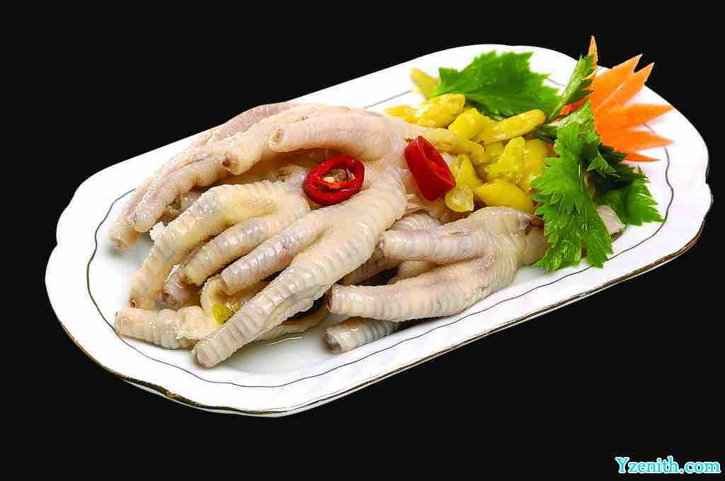 Health ways to cook chicken in Southern China Chicken Feet with Pickled Peppers