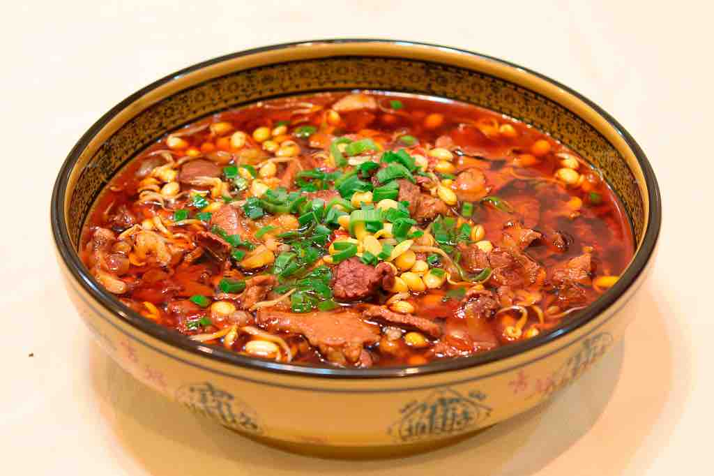 A Mouth-Watering Test On How Spicy You Can Handle – Boiled Sliced Beef in Szechuan Chili Oil